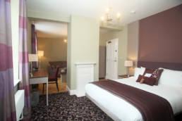 Halifax Hall Hotel bedroom